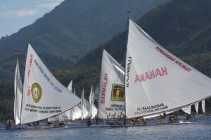 インドネシア報告(4) 舟を造り始める 2008/9/10