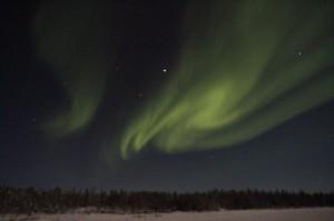 北極圏より、2015年元旦のオーロラをお送りします